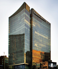 Four SEASONS Seoul hotel completed